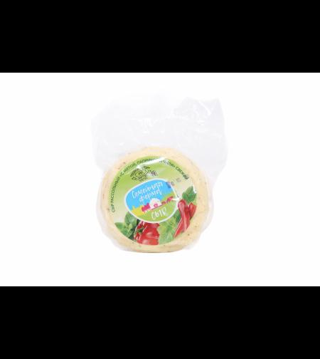 Сыр рассольный  'с мятой, паприкой и чили' 'Семейная Ферма' 400 гр