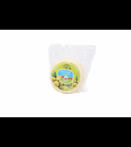 Сыр рассольный  'с оливками' 'Семейная Ферма' 400 гр