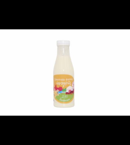 Йогурт ванильный 2.5 % 'Семейная ферма' 450 гр.
