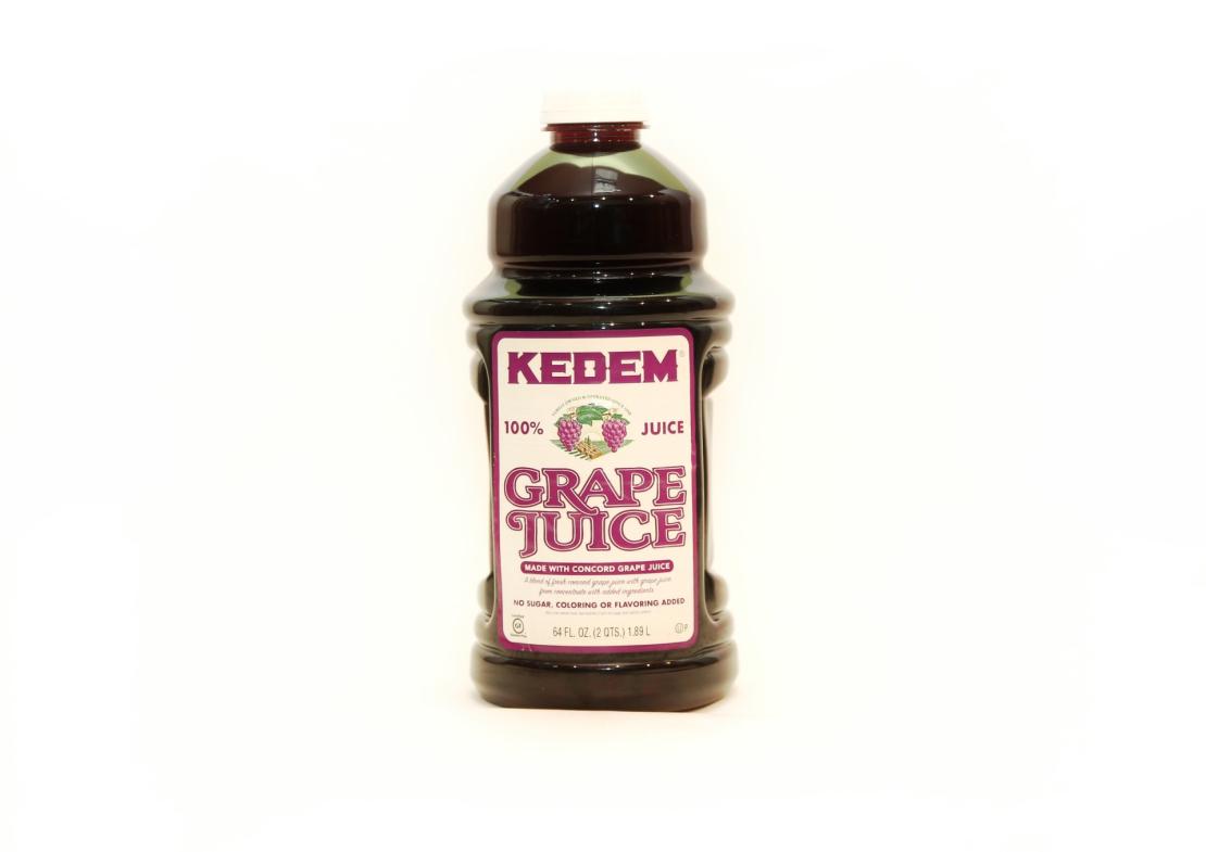 Сок виноградный красный 'Кедем' 1,89 л.